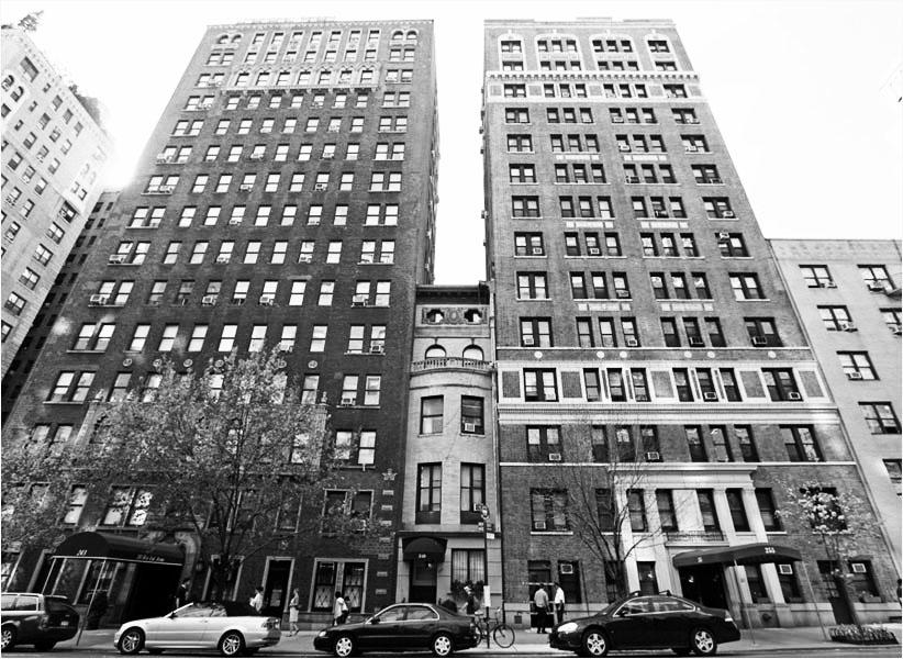 [ENC021] Edificios estrechos