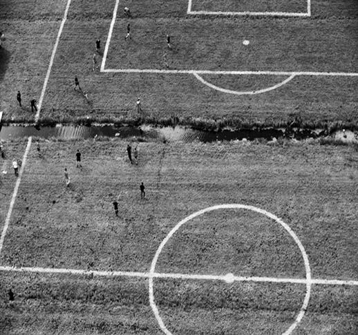 [ENC059] Secluir campos de futbol para encoger