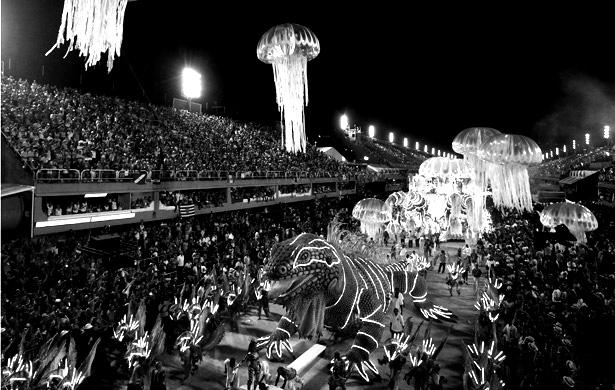[ENC097] Carnival Urbanism